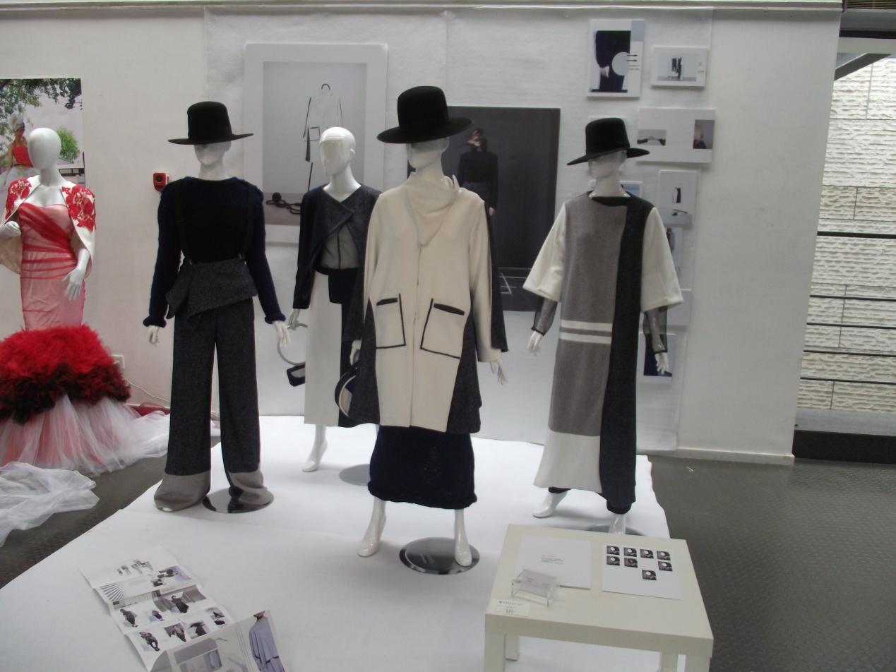 苗苗同学服装设计毕业设计作品展示